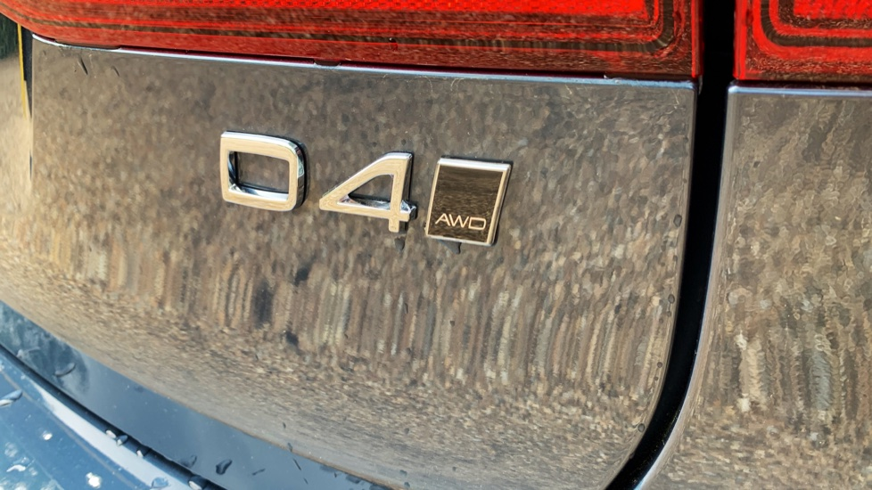 Volvo V90 2.0 D4 Cross Country Pro AWD Auto W. Xenium Pack, Smartphone Integration & BLIS image 21