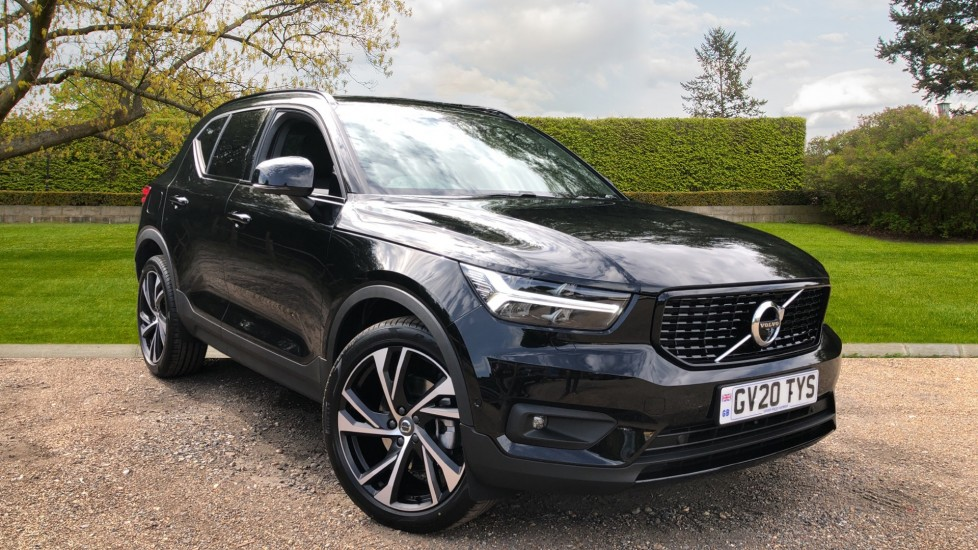 Volvo XC40 B4P R Design Pro AWD Auto, Lounge, Versatility & Climate Pack, Sunroof, 360 Camera, 4x Heated Seats 2.0 Petrol/Electric Automatic 5 door 4x4 (2020) image