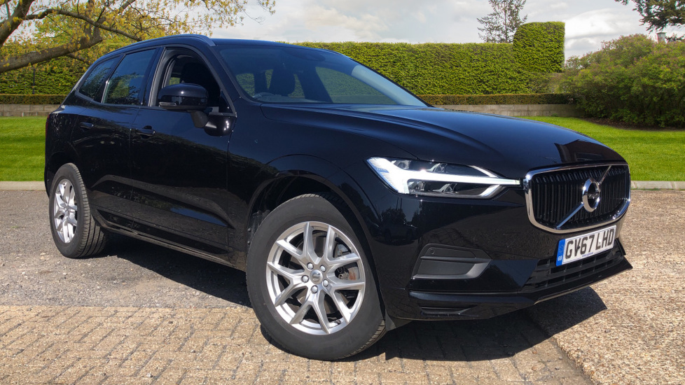 Volvo XC60 2.0 T5 [250] Momentum AWD Auto, 12.3Inch Active TFT Drivers Display, F and R Park Sensors Automatic 5 door Estate (2017) image