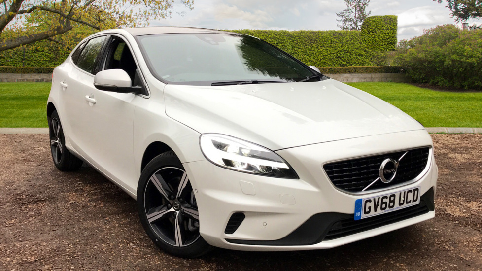 Volvo V40 D3 R Design Nav Plus With. Nav Plus, Xenium Pack & Winter Pack 2.0 Diesel 5 door Hatchback (2018)