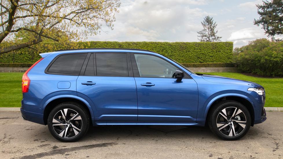 Volvo XC90 B5D Mild Hybrid R Design AWD AT, Xenium & Winter Pks, Htd Screen, 360Cam, PanoRoof, BLIS image 2