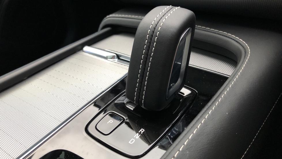 Volvo XC90 B5D Mild Hybrid R Design AWD AT, Xenium & Winter Pks, Htd Screen, 360Cam, PanoRoof, BLIS image 25