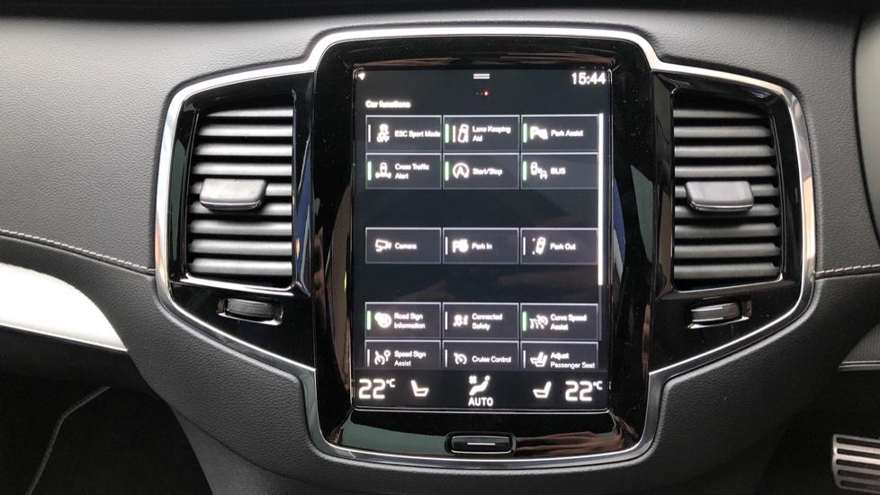 Volvo XC90 B5D Mild Hybrid R Design AWD AT, Xenium & Winter Pks, Htd Screen, 360Cam, PanoRoof, BLIS image 16