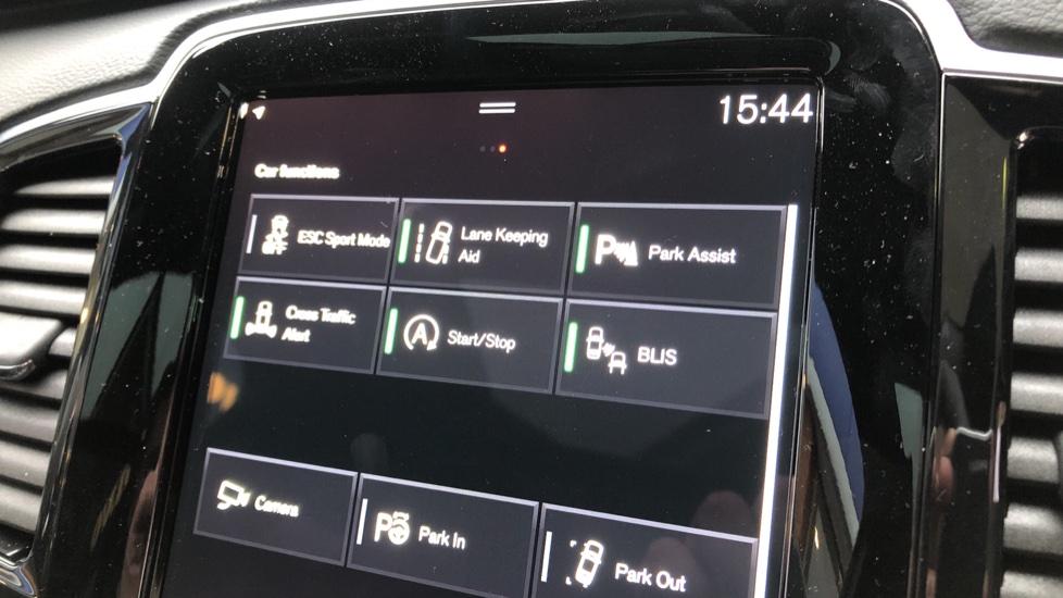 Volvo XC90 B5D Mild Hybrid R Design AWD AT, Xenium & Winter Pks, Htd Screen, 360Cam, PanoRoof, BLIS image 18