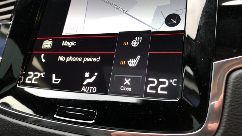Volvo XC90 B5D Mild Hybrid R Design AWD AT, Xenium & Winter Pks, Htd Screen, 360Cam, PanoRoof, BLIS image 9