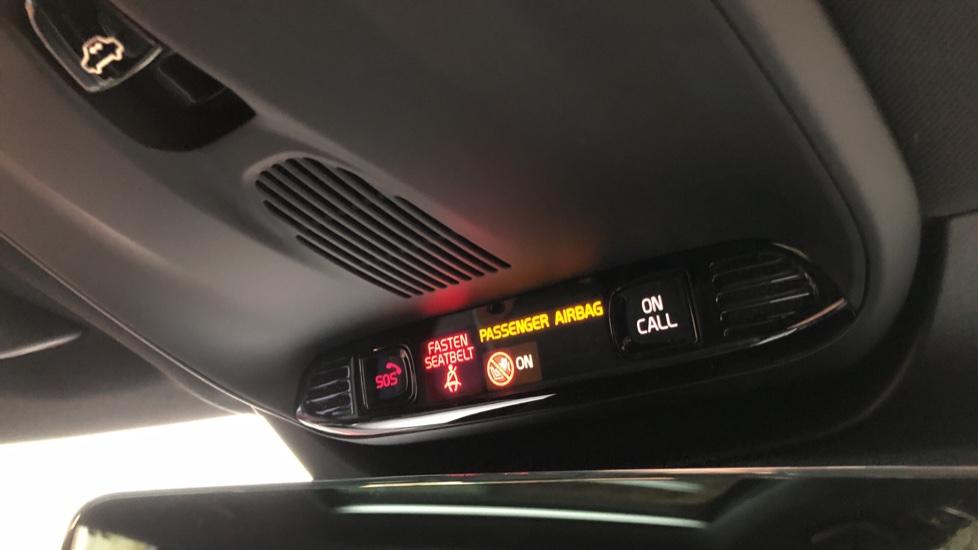 Volvo XC90 B5D Mild Hybrid R Design AWD AT, Xenium & Winter Pks, Htd Screen, 360Cam, PanoRoof, BLIS image 28