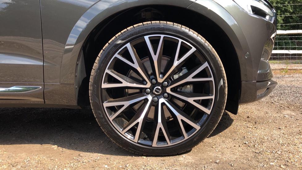 Volvo XC60 B4D Mild Hybrid Inscription Pro AWD AT, IntelliPro & Xenium Pks, B & W Audio, 22 Inch Alloys image 18