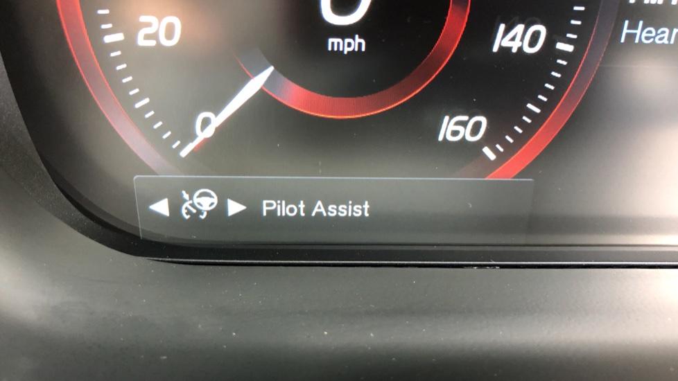 Volvo XC60 B4D Mild Hybrid Inscription Pro AWD AT, IntelliPro & Xenium Pks, B & W Audio, 22 Inch Alloys image 15