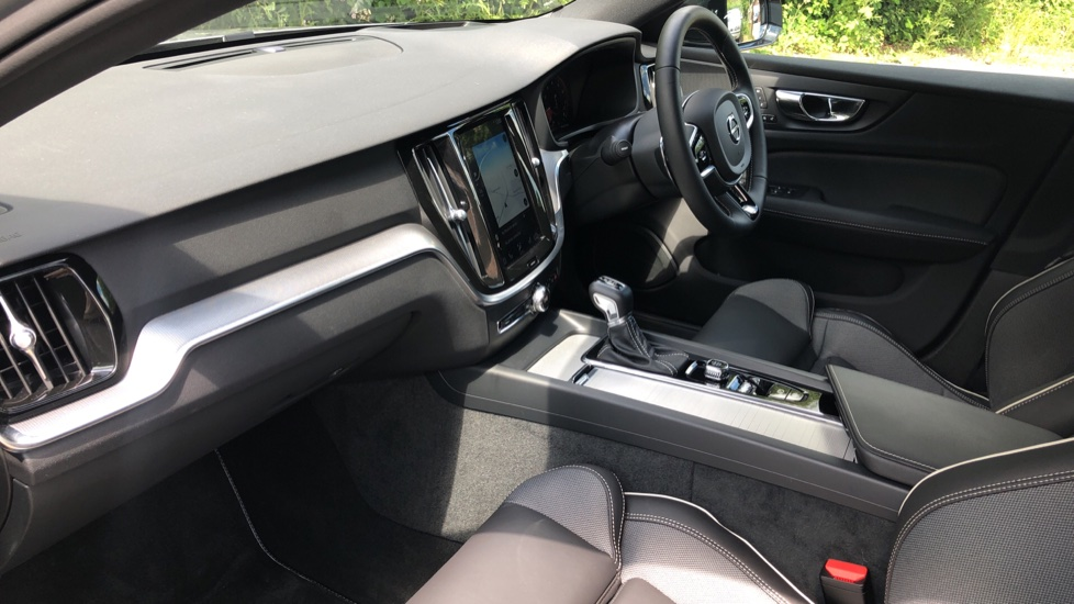 Volvo S60 T5 R Design Plus Auto, Winter Pack, Active Bending Headlights, Nav, F & R Sensors image 11