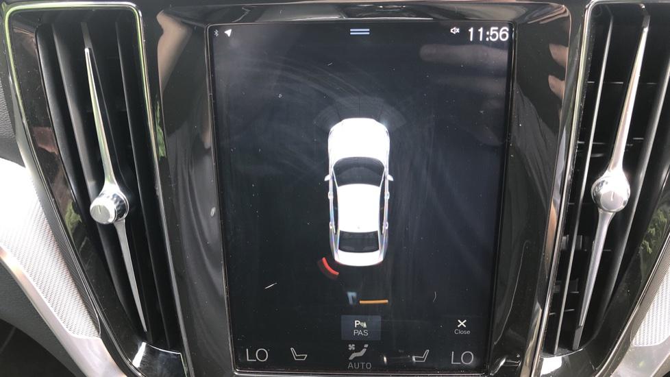 Volvo S60 T5 R Design Plus Auto, Winter Pack, Active Bending Headlights, Nav, F & R Sensors image 7