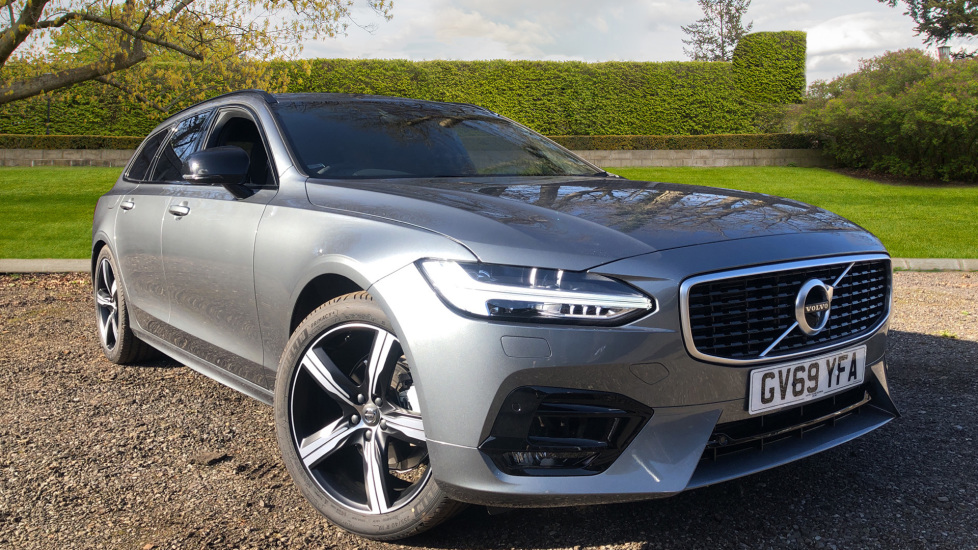 Volvo V90 T4 R Design Plus Auto, Winter Pack, Head Up Display, Active Bend Lights, 360 Camera, BLIS 2.0 Automatic 5 door Estate (2020)