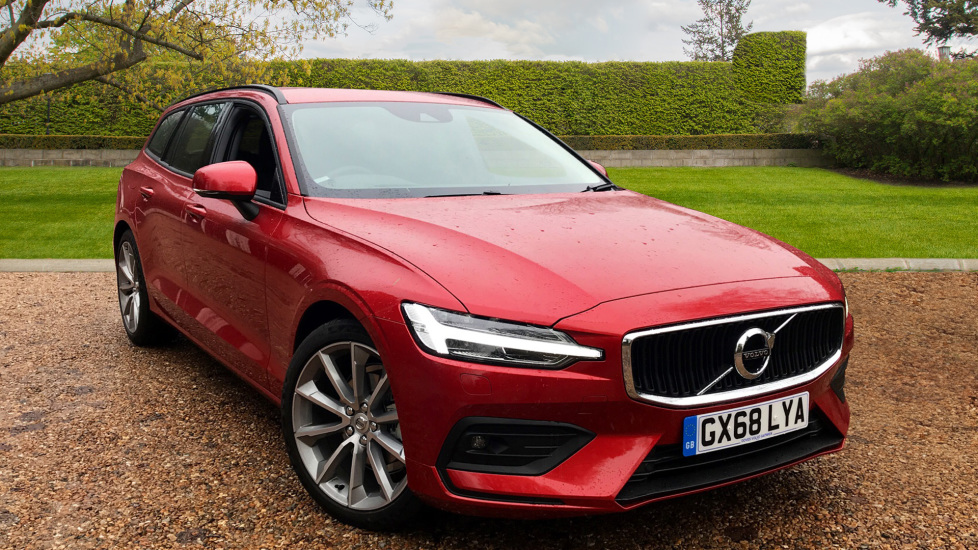 Volvo V60 2.0 D3 Momentum Pro W. Smartphone Integration, Rear Parking Camera & Sensus Nav  Diesel Automatic 5 door Estate (2018) image