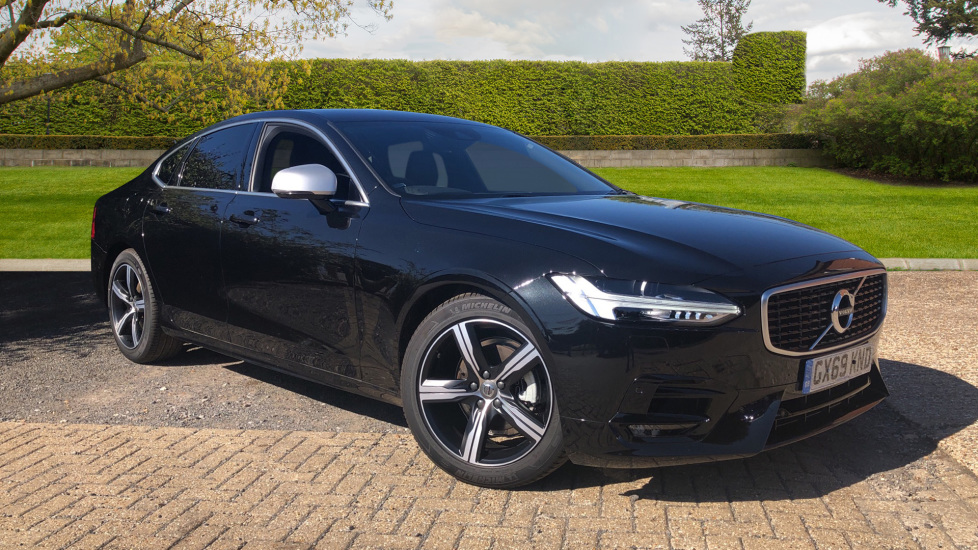 Volvo S90 2.0 D4 R Design Auto with Winter Pack, Smartphone Integration & Privacy Glass. Diesel Automatic 4 door Saloon (2019)