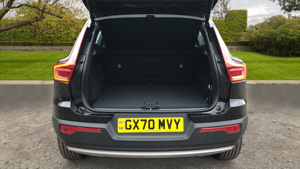 Volvo XC40 T5 Recharge PHEV Inscription Auto, Nav, Climate & Versatility Packs, Heated Screen, Keyless Drive image 25