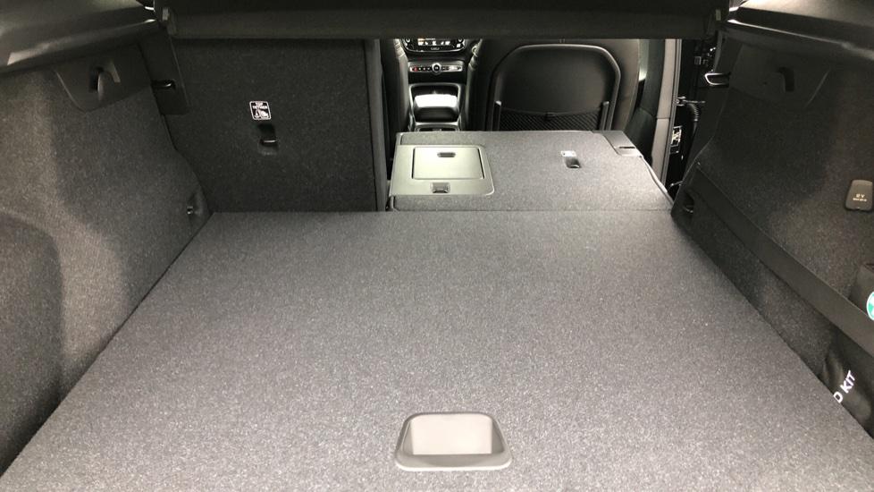 Volvo XC40 T5 Recharge PHEV Inscription Auto, Nav, Climate & Versatility Packs, Heated Screen, Keyless Drive image 26