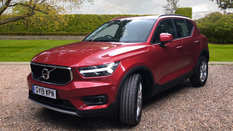 Volvo XC40 2.0 D3 Momentum Pro Nav Auto with BLIS, Convenience Pk, Winter+ Pk, 360Cam, Fnt Park Assist. Diesel Automatic 5 door Estate (2019) image