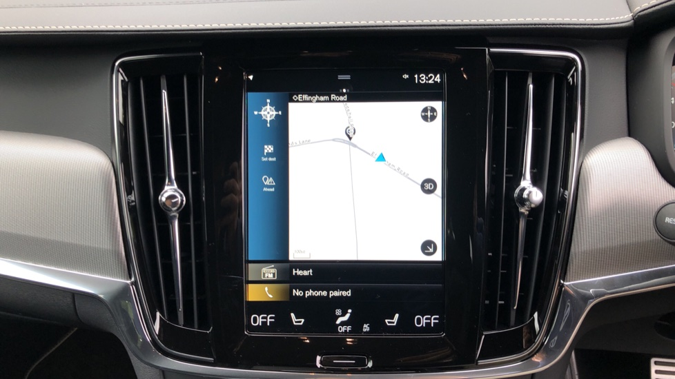 Volvo V90 2.0 T4 R Design Plus AT, Winter Pack, Intellisafe Surround with BLIS, 360 Cam, 3 Pin Socket image 5