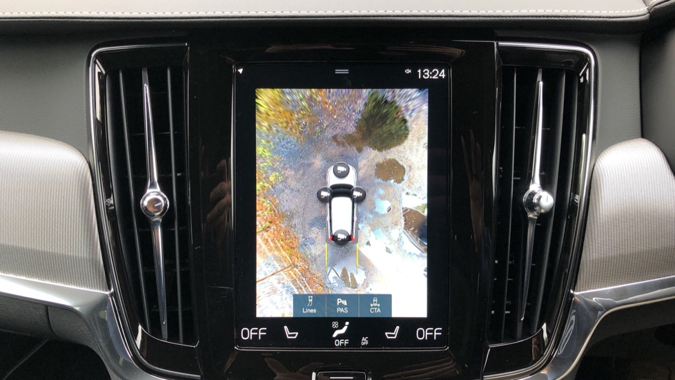 Volvo V90 2.0 T4 R Design Plus AT, Winter Pack, Intellisafe Surround with BLIS, 360 Cam, 3 Pin Socket image 6