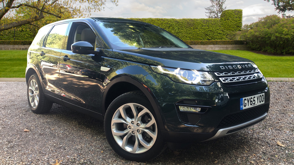 Land Rover Discovery Sport 2.0 TD4 180 HSE 5dr with Keyless Entry - Heated Screen snd Seats - Sunroof & Rev Camera -  Diesel Automatic 4x4 (2015) image