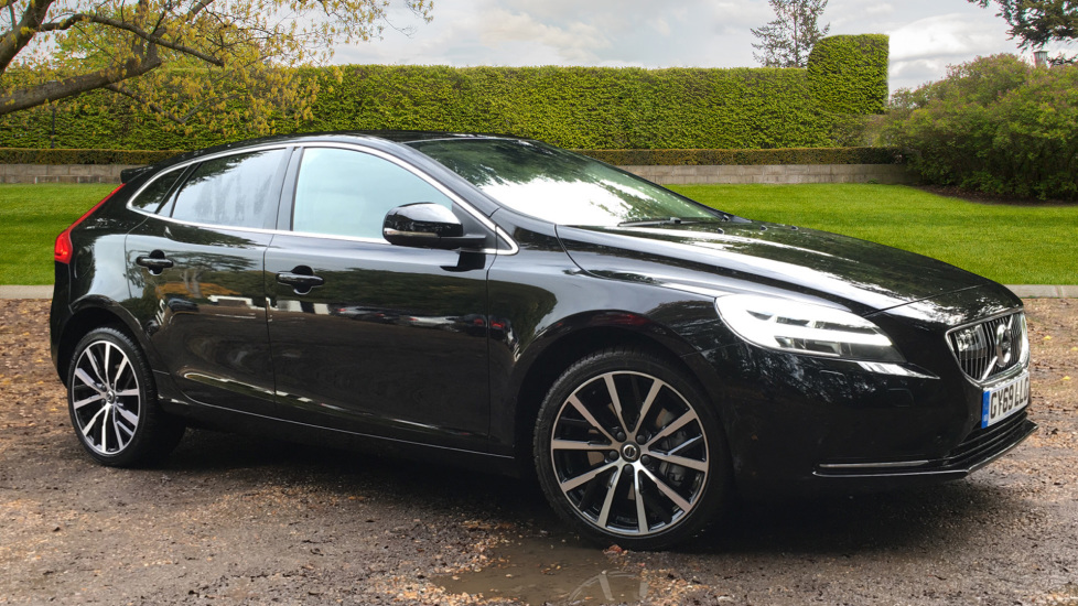 Volvo V40 D3 Inscription Edition Auto, Winter Pk, Bending Lights, Memory Drivers Seat, Tints, 18in Wheels 2.0 Diesel Automatic 5 door Hatchback (2019) image
