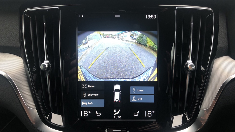 Volvo V60 2.0 T5 R Design Pro Auto, Intellisafe Pro, Harman Kardon, S/Phone Int, 360 Cam, Convenience Pk  image 8