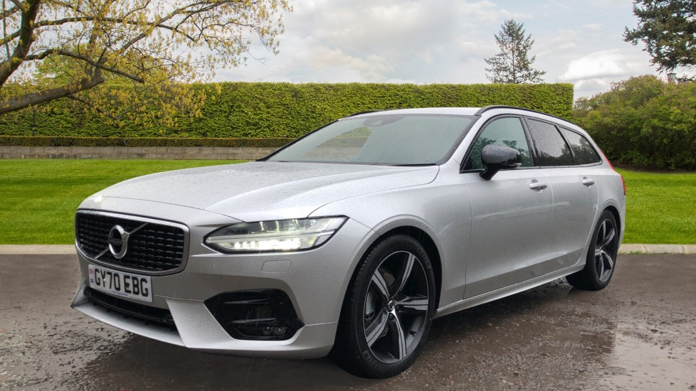 Volvo V90 T4 R Design Plus Auto, Nav, Winter Pack, Heated Screen, Active Bending Lights, DAB, Keyless Drive image 3