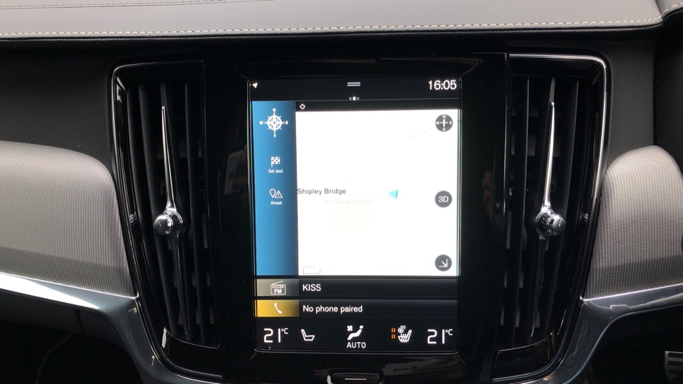 Volvo V90 T4 R Design Plus Auto, Nav, Winter Pack, Heated Screen, Active Bending Lights, DAB, Keyless Drive image 5