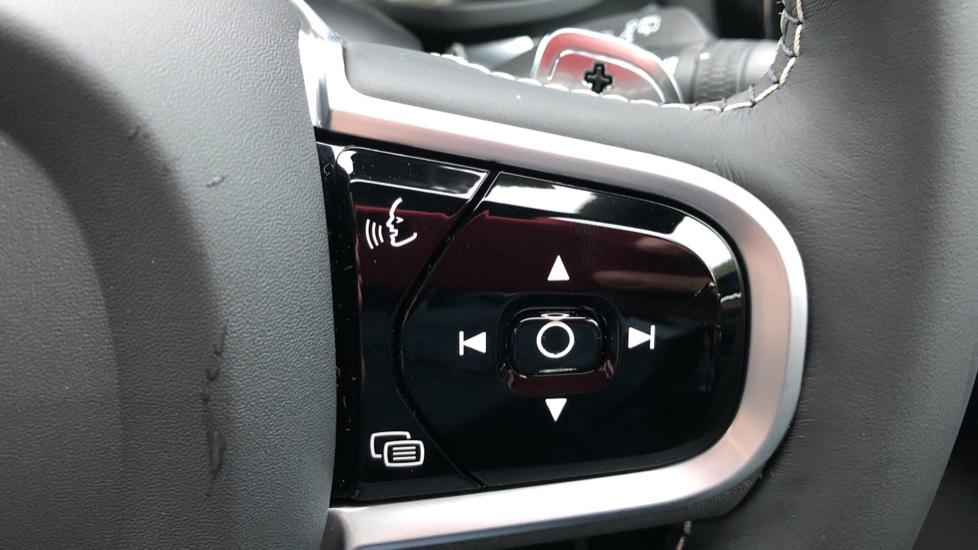 Volvo V60 D3 R Design Plus Auto,Nav, Xenium & Winter Packs, Sunroof, 360 Camera, Heated Screen, BLIS image 17