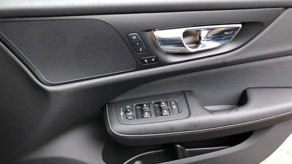 Volvo V60 D3 R Design Plus Auto,Nav, Xenium & Winter Packs, Sunroof, 360 Camera, Heated Screen, BLIS image 35