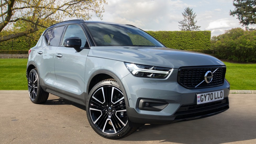 Volvo XC40 B4P Mild Hybrid R Design Pro Auto, Lounge, Climate, Versatility & Driver Assist Packs, Sunroof 2.0 Petrol/Electric Automatic 5 door Estate (2020)