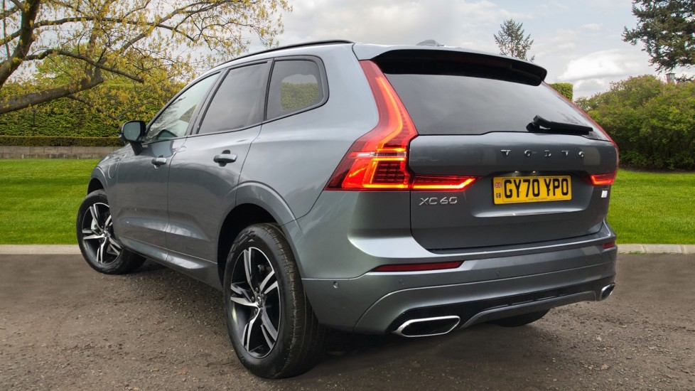 Volvo XC60 T6 Recharge PHEV R Design AWD Auto, Lounge, Climate & Driver Assist Packs, Sunroof, 360 Camera image 4