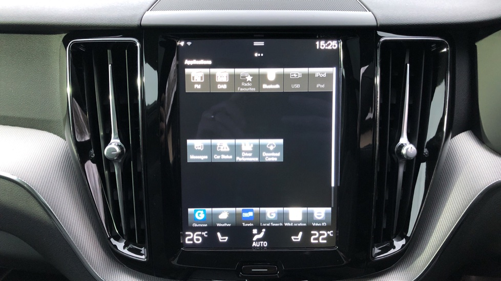 Volvo XC60 T6 Recharge PHEV R Design AWD Auto, Lounge, Climate & Driver Assist Packs, Sunroof, 360 Camera image 24