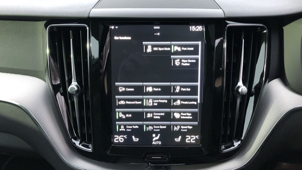 Volvo XC60 T6 Recharge PHEV R Design AWD Auto, Lounge, Climate & Driver Assist Packs, Sunroof, 360 Camera image 26
