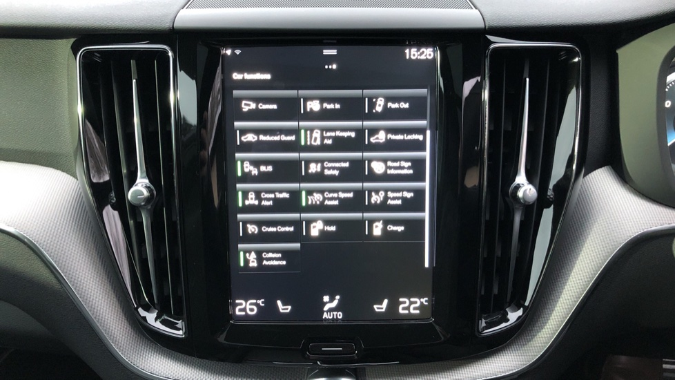 Volvo XC60 T6 Recharge PHEV R Design AWD Auto, Lounge, Climate & Driver Assist Packs, Sunroof, 360 Camera image 27