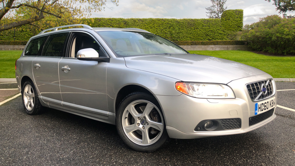 Volvo V70 D5 SE Lux Auto, Nav, Load Compensating Suspension, F & R Sensors, Heated Seats 2.4 Diesel Automatic 5 door Estate (2010)