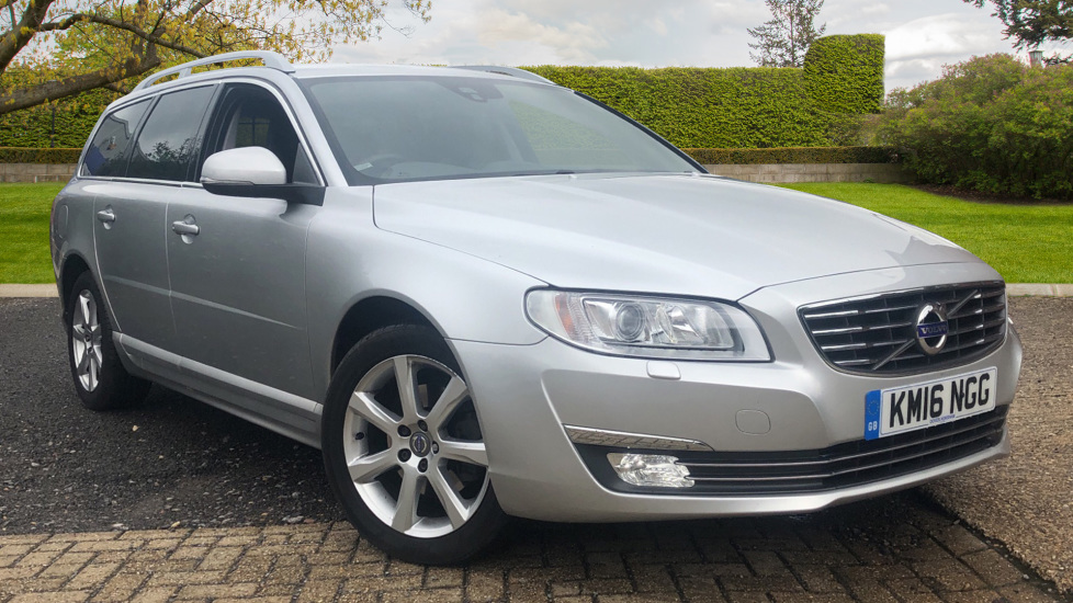 Volvo V70 D4 SE Lux 5dr Auto, WinterPk, ActiveBendingLights, HeatedScreen, Tints & Tempa Wheel 2.0 Diesel Automatic Estate (2016) image