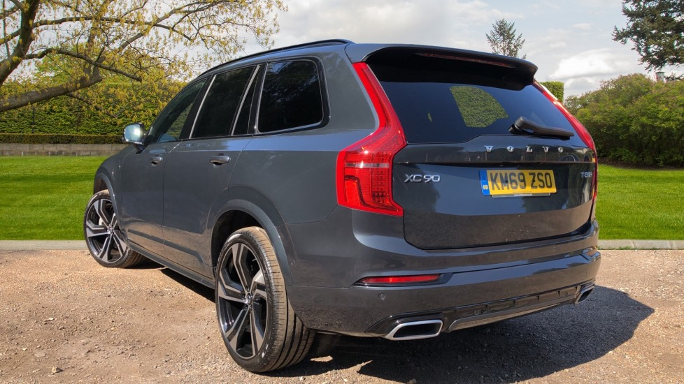 Volvo XC90 T8 Hybrid R Design Pro AWD Auto, Xenium Pack, Sunroof, 360 Camera, BLIS, CarPlay, DAB Radio image 4