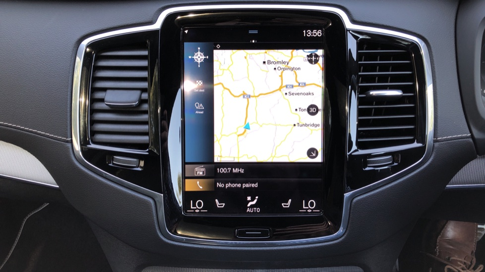 Volvo XC90 T8 Hybrid R Design Pro AWD Auto, Xenium Pack, Sunroof, 360 Camera, BLIS, CarPlay, DAB Radio image 7