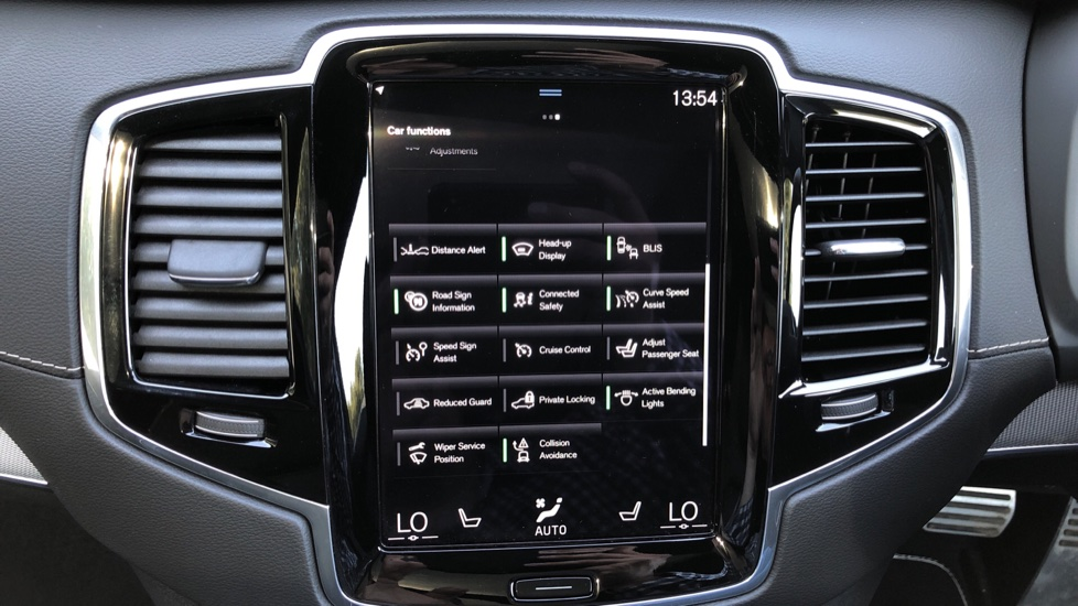 Volvo XC90 T8 Hybrid R Design Pro AWD Auto, Xenium Pack, Sunroof, 360 Camera, BLIS, CarPlay, DAB Radio image 40