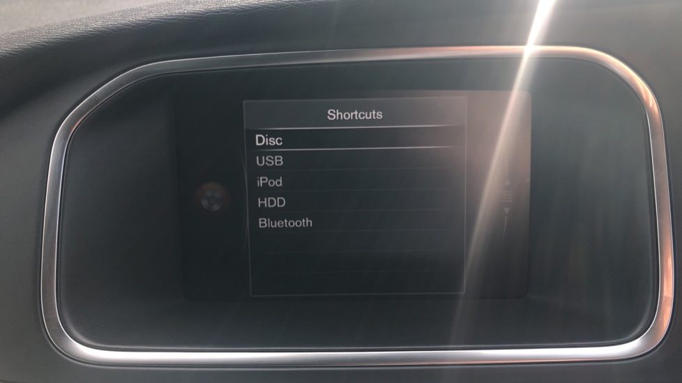Volvo V40 T2 Momentum Nav Plus, Winter Edition, Ft Park Sensors, Privacy Glass & Volvo On Call image 8