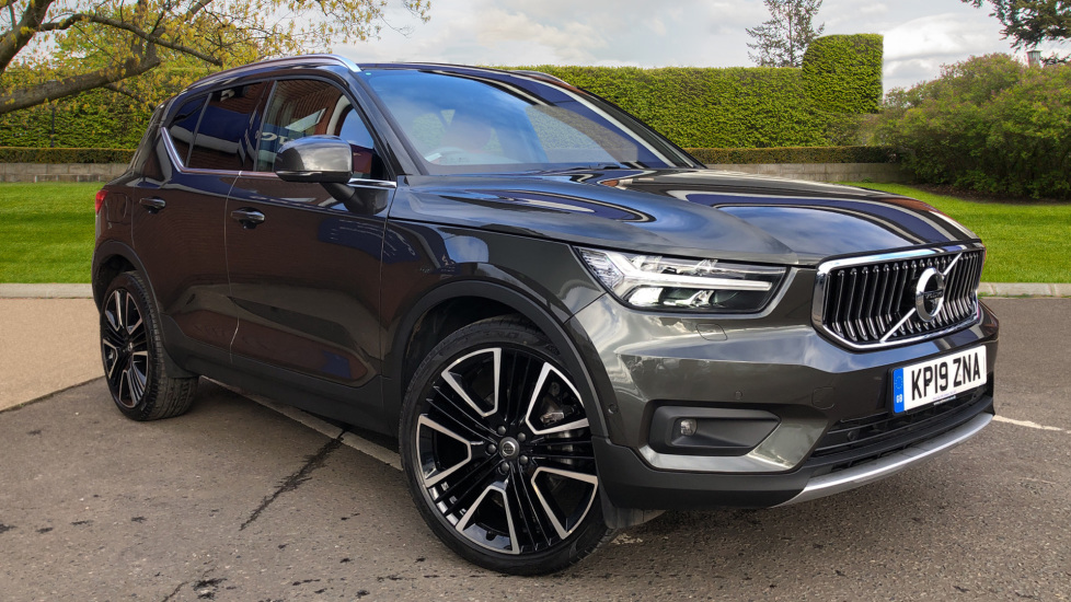 Volvo XC40 D4 Inscription AWD AT, Xenium/Winter/Convenience Pks, IntelliPro, HK Audio, S/Phone 2.0 Diesel Automatic 5 door 4x4 (2019)