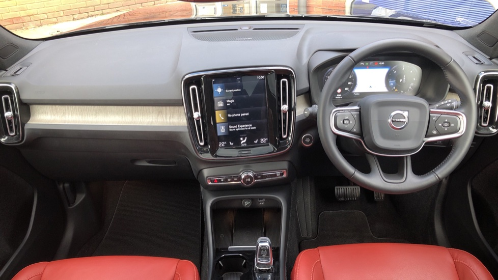 Volvo XC40 D4 Inscription AWD AT, Xenium/Winter/Convenience Pks, IntelliPro, HK Audio, S/Phone image 17