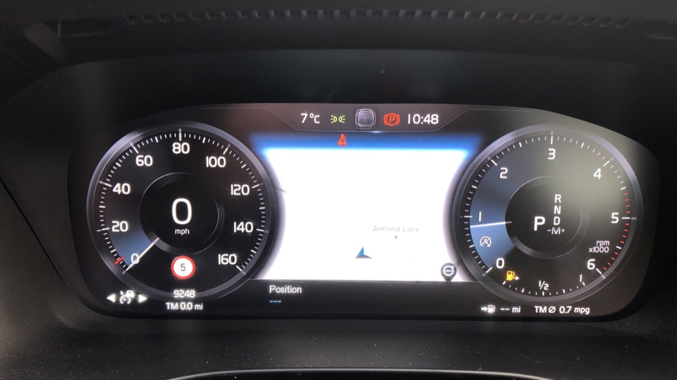 Volvo XC40 D4 Inscription AWD AT, Xenium/Winter/Convenience Pks, IntelliPro, HK Audio, S/Phone image 12