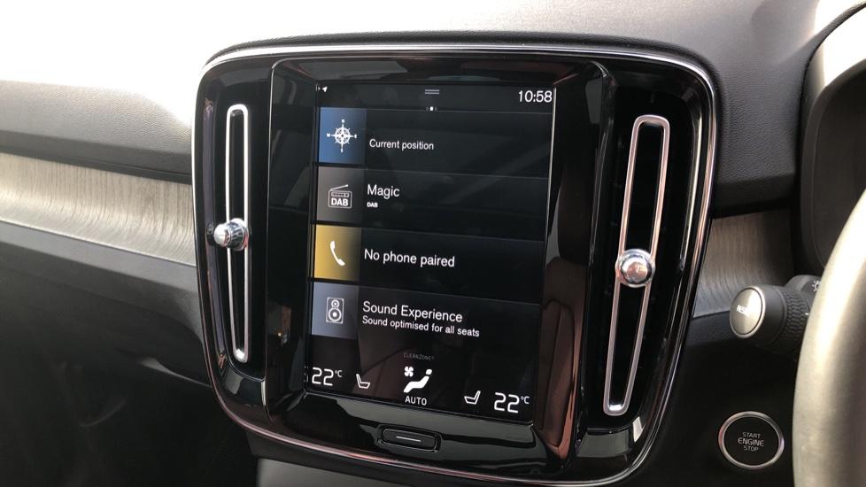 Volvo XC40 D4 Inscription AWD AT, Xenium/Winter/Convenience Pks, IntelliPro, HK Audio, S/Phone image 23