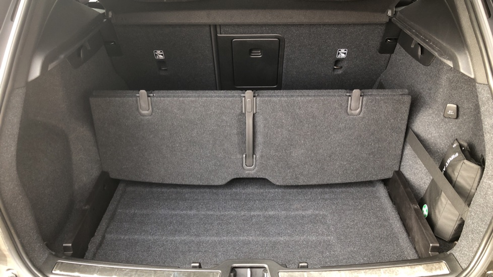 Volvo XC40 D4 Inscription AWD AT, Xenium/Winter/Convenience Pks, IntelliPro, HK Audio, S/Phone image 30