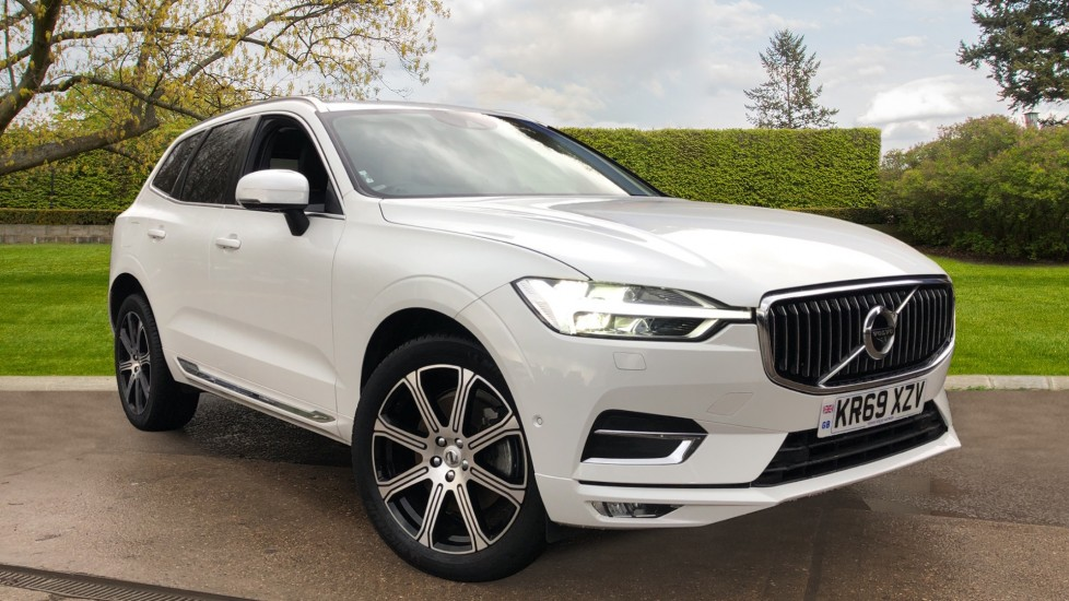 Volvo XC60 B5D Mild Hybrid Inscription Pro AWD Auto, Nav, Xenium Pack, Sunroof, 360 Camera, BLIS 2.0 Diesel/Electric Automatic 5 door 4x4 (2019) at Volvo Gatwick thumbnail image