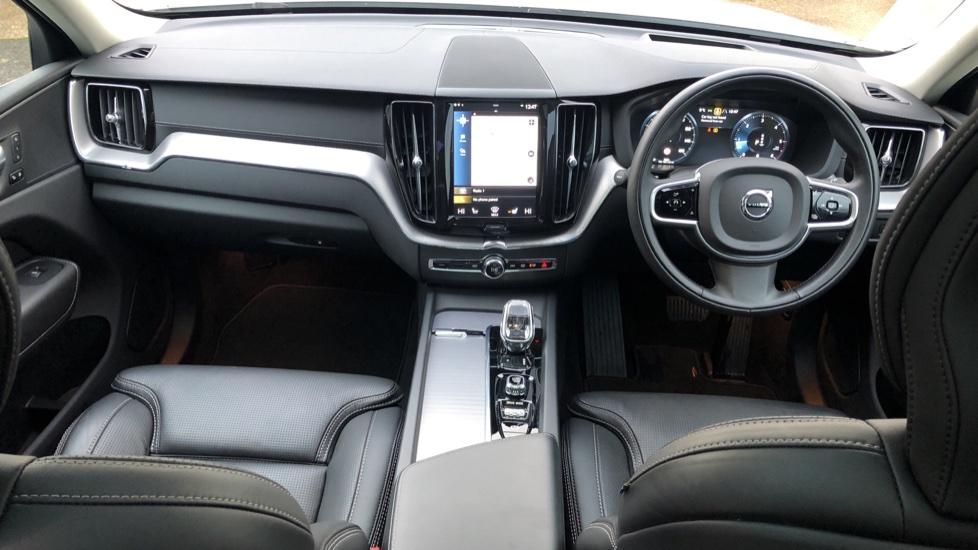 Volvo XC60 B5D Mild Hybrid Inscription Pro AWD Auto, Nav, Xenium Pack, Sunroof, 360 Camera, BLIS image 12