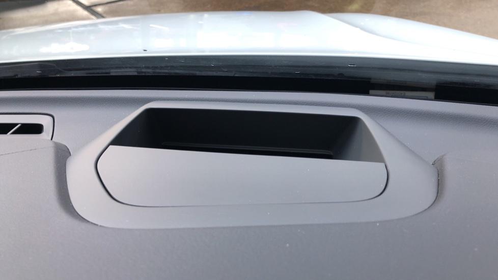 Volvo XC60 B5D Mild Hybrid Inscription Pro AWD Auto, Nav, Xenium Pack, Sunroof, 360 Camera, BLIS image 8