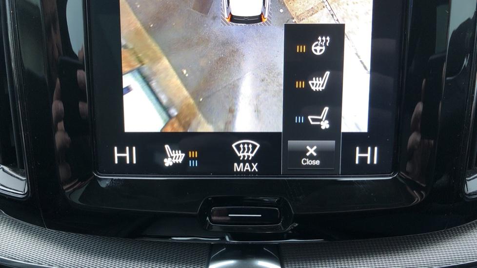 Volvo XC60 B5D Mild Hybrid Inscription Pro AWD Auto, Nav, Xenium Pack, Sunroof, 360 Camera, BLIS image 21