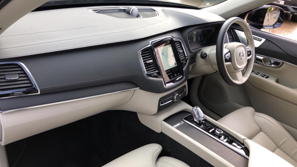 Volvo XC90 T8 Hybrid Inscription Pro AWD Auto, Xenium Pack, Sunroof, 360 Camera, Bowers & Wilkins Audio image 14